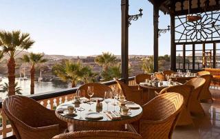 Het terras van het Sofitel Legend Old Cataract Hotel - Aswan