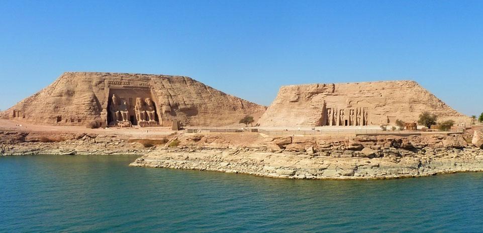 Abu Simbel tempels van Ramses II en Nefertari