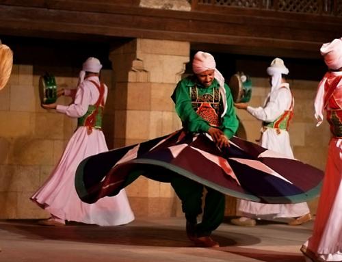 Wervelende Derwisj dansvoorstelling in Cairo