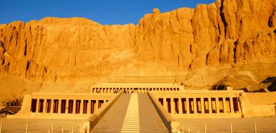 Tempel van Hatshepsoet, Westoever Luxor